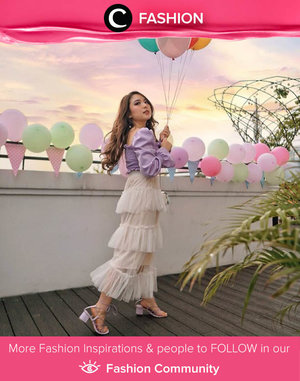 Clozette Ambassador @priscaangelina was in carnival mood, she twirled and danced in tulle skirt and lilac square collar blouse. Simak Fashion Update ala clozetters lainnya hari ini di Fashion Community. Yuk, share outfit favorit kamu bersama Clozette.