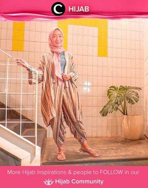 Colorful striped set for casual hijab look ala Clozetter @she_wian. Simak inspirasi gaya Hijab dari para Clozetters hari ini di Hijab Community. Yuk, share juga gaya hijab andalan kamu.