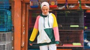 4 Gaya Hijab Colorful yang Cocok Dikenakan saat Jalan-Jalan : Okezone Muslim