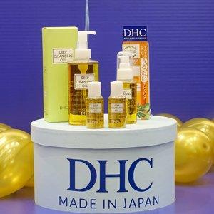 DHC, brand kosmetik kenamaan asal Jepang kini resmi hadir di Indonesia.  Selain Deep Cleansing Oil sebagai produk best seller, DHC juga membawa produk lainnya ke Indonesia, seperti facial scrub, lip balm, dan eyeliner.  DHC percaya bahwa setiap orang memiliki keunikannya masing-masing dan menerima serta menemukan keindahan dalam kekurangan merupakan kecantikan yang sesungguhnya  #dhcwabisabi #DHCJBeaut #DHCxBeautyJourna #clozetteid #skincare @dhcskincare_id @beautyjournal