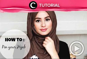 Wondering how to pin your hijab? Check the tutorial here: http://bit.ly/2KPPl8m. Video ini di-share kembali oleh Clozetter @shafrasyahnaz. Lihat juga tutorial lainnya di Tutorial Section.