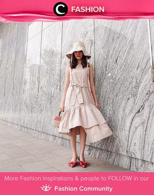 Clozette Ambassador @steviiewong made a statement with her ruffle dress and a bucket hat. Simak Fashion Update ala clozetters lainnya hari ini di Fashion Community. Yuk, share outfit favorit kamu bersama Clozette.