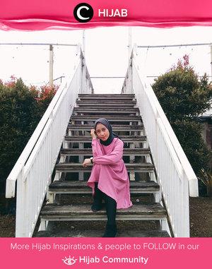 Masih dalam nuansa #Pinktober, sudah posting outfit berwarna pink favoritmu, Clozetters? Image shared by Clozetter @ratnasha22. Simak inspirasi gaya Hijab dari para Clozetters hari ini di Hijab Community. Yuk, share juga gaya hijab andalan kamu.