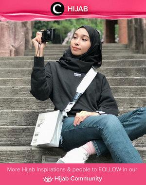 Oh, how we miss picking up the camera to capture our holiday moments! Image shared by Clozetter @zainabsaly. Simak inspirasi gaya Hijab dari para Clozetters hari ini di Hijab Community. Yuk, share juga gaya hijab andalan kamu.