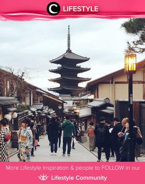 Clozetter @nesyaw shared the beauty of Gion, Kyoto, through her throwback post. Simak Lifestyle Update ala clozetters lainnya hari ini di Lifestyle Community. Yuk, share momen favoritmu bersama Clozette.