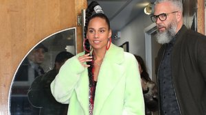 The Secret Behind Alicia Keys's Glowing Complexion, According to Her Makeup Artist
