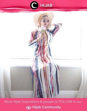 Clozette Ambassador @rimasuwarjono wrapped in colorful Pomelo long dress for a sunny day out. Simak inspirasi gaya Hijab dari para Clozetters hari ini di Hijab Community. Yuk, share juga gaya hijab andalan kamu.