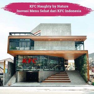Wah, ada inovasi terbaru dari @kfcindonesia, KFC Naughty by Nature yang terletak di Senopati, Jakarta. Nggak perlu khawatir deh yang lagi diet, karena disini menunya beda dengan KFC yang sering kamu temui, Clozetters. Ayam dimasak dengan cara di grill/panggang. Ada juga menu lainnya seperti salad dan breakfast ala KFC yang terlihat nyummy! So tempting😍📷 @naughtybynaturekfc #ClozetteID