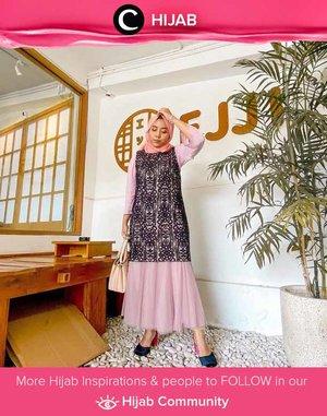 Ada acara formal dalam waktu dekat? Ide styling dari Clozetter @rizunaswon ini bisa kamu coba, Clozetters. Simak inspirasi gaya Hijab dari para Clozetters hari ini di Hijab Community. Yuk, share juga gaya hijab andalan kamu.
