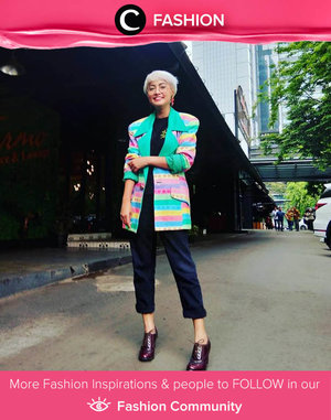 Clozette Ambassador @titaztazty and her statement outerwear made our Sunday feel more colorful! Simak Fashion Update ala clozetters lainnya hari ini di Fashion Community. Yuk, share outfit favorit kamu bersama Clozette.
