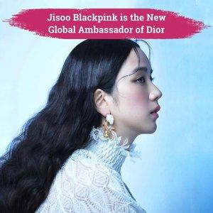 Say hello to the newest global ambassador for Dior fashion and beauty: Jisoo Blackpink!✨ Selain menjadi global Ambassador, kreatif direktur Dior, Maria Grazia Chiuri, juga mengatakan bahwa dirinya terinspirasi dari Jisoo saat mendesain koleksi Dior autumn/winter 2021.Hal ini pertama kali dikabarkan oleh akun twitter dan instagram @dior pada 6 Maret 2021 kemarin. Tagar #DiorGlobalAmbassadorJisoo langsung menduduki peringkat pertama twitter worldwide trending. Kamu juga turut menjadikan tagar ini menjadi trending worldwide di twitter nggak, Clozetters?📷 @dior @sooyaaa__ #ClozetteID #dior #jisoo #blackpink #jisooblackpink #jisoofordior