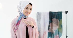 Ciptakan 5 Style Hijab untuk Lebaran Menggunakan Scarf Segi Empat