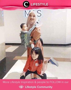 Clozetter @annisaramalia struck a pose with her adorable kiddos! Simak Lifestyle Updates ala clozetters lainnya hari ini di Lifestyle Community. Yuk, share juga momen favoritmu.