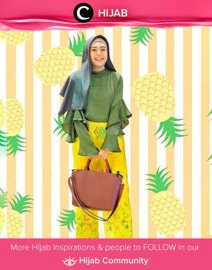 Super fresh, Clozetter @zilqiah memadukan warna kuning dan hijau untuk HOOTD-nya. Who's inspired? Simak inspirasi gaya Hijab dari para Clozetters hari ini di Hijab Community. Yuk, share juga gaya hijab andalan kamu.