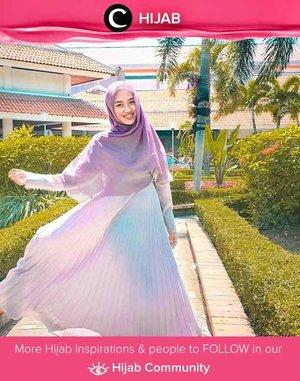 Purple dress for an evening look ala Clozetter @syarifani. Simak inspirasi gaya Hijab dari para Clozetters hari ini di Hijab Community. Yuk, share juga gaya hijab andalan kamu.