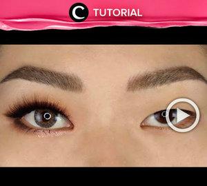 You don't need plastic surgery to make your eyes look bigger. Intip tutorialnya di : http://bit.ly/2DE7vJs . Video ini di-share kembali oleh Clozetter @salsawibowo. Cek Tutorial Updates lainnya pada Tutorial Section.
