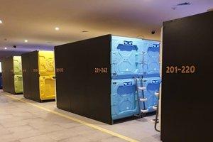 Nyamannya Hotel Kapsul Futuristik di Terminal 2 Bandara Soekarno-Hatta