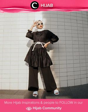 New in hijab? Don't declutter your short dresses yet as you can wear them as tunic just like what Clozette Crew @astrityas did. Simak inspirasi gaya Hijab dari para Clozetters hari ini di Hijab Community. Yuk, share juga gaya hijab andalan kamu.