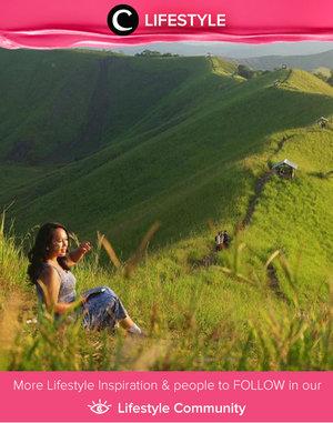 Seperti namanya, Bukit Teletubbies, objek wisata dengan pemandangan bukit hijau yang terbentang luas diberi nama demikian karena mengingatkan para wisatawan dengan tayangan hiburan maya kanak-kanak. BUkit Teletubbies ini terletak di Sentani, Jayapura. Di puncak tertinggi Bukit Teletubbies traveler, bisa menikmati secara jelas keindahan Danau Sentani dari ketinggian dengan pemandangan alam yang sangat eksotis memesona. Simak Lifestyle Updates ala clozetters lainnya hari ini di Lifestyle Section. Image shared by Clozetter: @ceritaeka. Yuk, share momen favoritmu di Clozette.