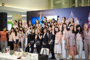 Late post is better than never, right. 😉 Last photo group from @thefaceshopid Yehwadam Beauty Workshop as the part of Yehwadam Launching Event. Again, thank you pretty Clozetters for coming! 😘  #TheFaceShopID #YehwadamLaunching #ClozetteXTheFaceShopID #ClozetteID