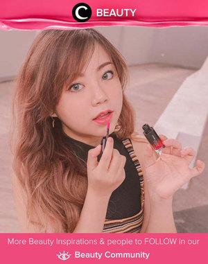 Lip moist ARRA Beauty jadi favorit Clozette Ambassador @carolinelle karena efek glossy-nya yang gak berlebihan. Kamu sudah coba, Clozetters? Simak Beauty Update ala clozetters lainnya hari ini di Beauty Community. Yuk, share produk favorit dan makeup look kamu bersama Clozette.