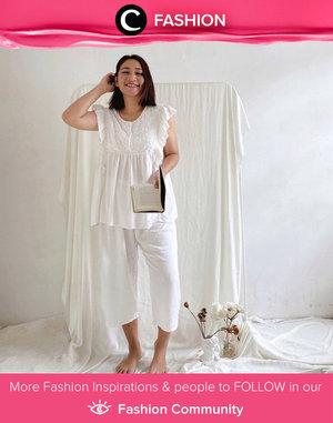 Clozette Ambassador @cellinikamil looks comfy in all-white embroidery pajamas. Simak Fashion Update ala clozetters lainnya hari ini di Fashion Community. Yuk, share outfit favorit kamu bersama Clozette.
