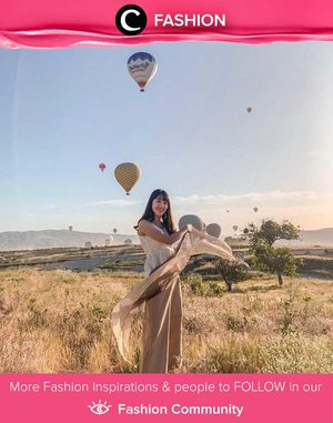 Clozetter @Jasminechenn posing with super aesthetic background. Ps: We love how her outfit macthed the picturesque savanna! Simak Fashion Update ala clozetters lainnya hari ini di Fashion Community. Yuk, share outfit favorit kamu bersama Clozette.