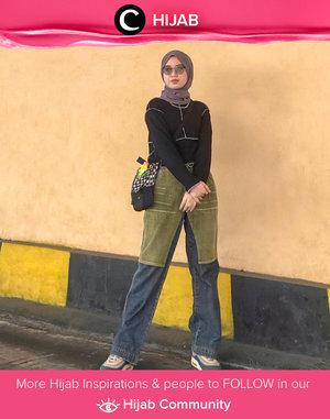 Inspirasi hijab look kali ini datang dari Clozetter @almaaliyaa yang memadupadan contrast stitch top dengan two-tone pants yang unik. Simak inspirasi gaya Hijab dari para Clozetters hari ini di Hijab Community. Yuk, share juga gaya hijab andalan kamu.