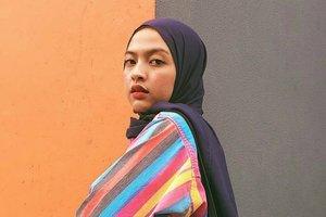 Inspirasi Busana Colorful ala Selebgram