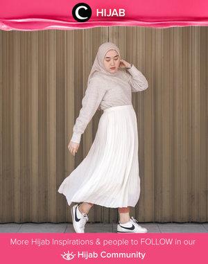 Soft color palette for Friday. Image shared by Clozetter @maulidacita. Simak inspirasi gaya Hijab dari para Clozetters hari ini di Hijab Community. Yuk, share juga gaya hijab andalan kamu.