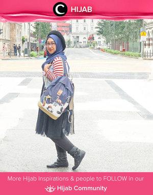 Mix n match dengan aksen tumpuk yang playful dan colorful ini mengingatkan kita akan Harajuku style ala remaja Jepang ya. Simak inspirasi gaya Hijab dari para Clozetters hari ini di Hijab Community. Image shared by Clozetter @newhildaikka. Yuk, share juga gaya hijab andalan kamu.