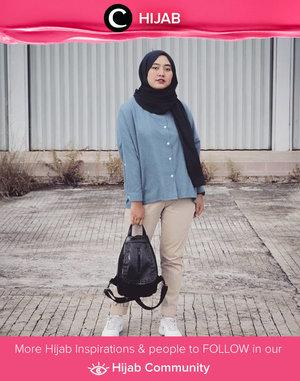 Back to basic with blue and khaki. Simak inspirasi gaya Hijab dari para Clozetters hari ini di Hijab Community. Image shared by  Star Clozetter @Rhialita. Yuk, share juga gaya hijab andalan kamu.