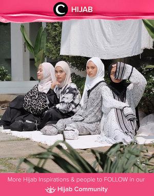 Need some outfit inspiration for matching look with your sisters? Steal Clozette Ambassador @Imeldaaf's style with black and white colored outfit. Simak inspirasi gaya Hijab dari para Clozetters hari ini di Hijab Community. Yuk, share juga gaya hijab andalan kamu.