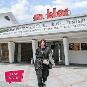 #SpotToVisit@mblocspace, Panglima Polim, Jakarta Selatan.Yuk tag teman yang mau kamu ajak ke sini..📷 @medienahaniefa_ @yuniwidyoo#ClozetteID #mblocspace #mbloc
