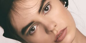 These Eyeliner Trends Are High Drama