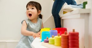 Using the Montessori Method With My Toddler Engages Her Creativity — and Lowers My Stress