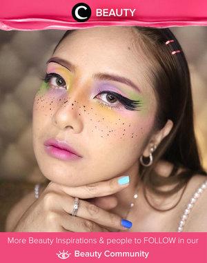 We love this dramatic lashes on colorful makeup look ala Clozette Ambassador @EllenTan. Simak Beauty Update ala clozetters lainnya hari ini di Beauty Community. Yuk, share produk favorit dan makeup look kamu bersama Clozette.
