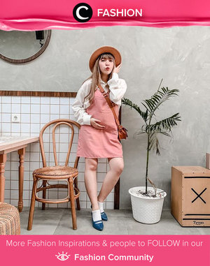 Clozetter @yunitaelisabeth91 in big round hat and vintage dress. Super adorable! Simak Fashion Update ala clozetters lainnya hari ini di Fashion Community. Yuk, share outfit favorit kamu bersama Clozette.