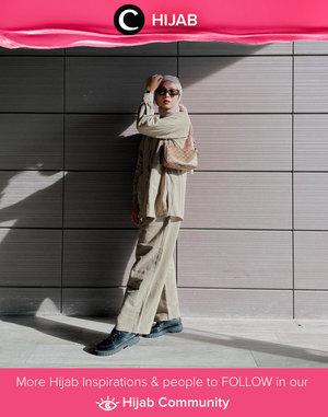 Clozette Crew @astrityas lookin' good and comfy in this neutral set. Simak inspirasi gaya Hijab dari para Clozetters hari ini di Hijab Community. Yuk, share juga gaya hijab andalan kamu.