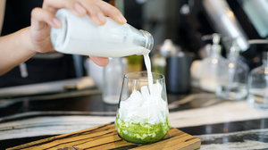 This Is The Easiest, Tastiest Iced Matcha Latte Recipe On The Internet