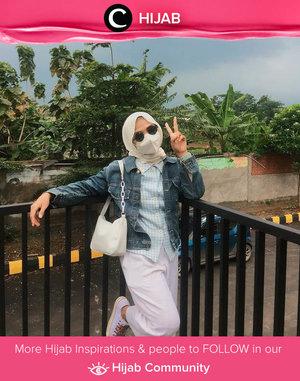 New normal attire this weekend: sunglasses, mask, and outerwear. Image shared by Clozetter @lulu_panda05. Simak inspirasi gaya Hijab dari para Clozetters hari ini di Hijab Community. Yuk, share juga gaya hijab andalan kamu.