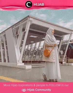 MRT Hijab of The Day in pastels. Simak inspirasi gaya Hijab dari para Clozetters hari ini di Hijab Community. Image shared by Clozetter @5andranova. Yuk, share juga gaya hijab andalan kamu.