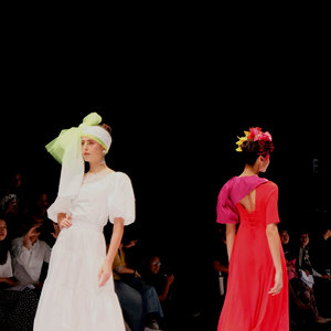 Koleksi Tiga Desainer Jepang Hadir Di JFW 2020