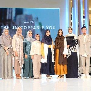 Sebagai brand kosmetik, @wardahbeauty konsisten dalam memberikan inspirasi kecantikan bagi perempuan Indonesia. Wardah kembali meluncurkan tren make-up terbaru dengan tema The Unstoppable You yang terdiri dari 6 inspirasi make-up look di Jakarta Fashion Week pada hari Sabtu, 20 Oktober lalu....#clozetteid #fashion