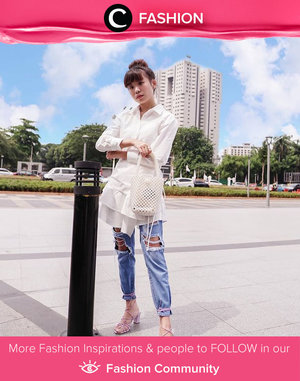 What's better than a white shirt and blue jeans? The perfect look for a casual day time look! Image shared by Clozette Ambassador @steviiewong.  Simak Fashion Update ala clozetters lainnya hari ini di Fashion Community. Yuk, share outfit favorit kamu bersama Clozette.