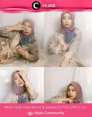 Virtual photoshoot trend is still going strong! Image shared by Clozette Ambassador @FAZKYAZALICKA. Simak inspirasi gaya Hijab dari para Clozetters hari ini di Hijab Community. Yuk, share juga gaya hijab andalan kamu.