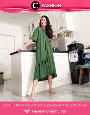 Lounging around at home: wearing loose-plain green dress, just like Clozette Ambassador @wynneprasetyo did. By the way, are you still WFH or already back to the office, Clozetters? Simak Fashion Update ala clozetters lainnya hari ini di Fashion Community. Yuk, share outfit favorit kamu bersama Clozette.