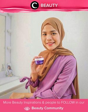 Menurut Clozetter @cicidesri, cek BPOM merupakan cara yang wajib kamu lakukan sebelum membeli produk skincare dan makeup. Selalu pastikan bahan-bahannya aman dan tak menimbulkan efek negatif untuk kulitmu, ya. Simak Beauty Update ala clozetters lainnya hari ini di Beauty Community. Yuk, share produk favorit dan makeup look kamu bersama Clozette.