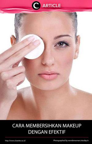 Membersihkan makeup memang sering kali melelahkan, khususnya jika makeup itu membandel. Yuk baca artikel ini untuk tahu caranya yang efektif http://bit.ly/1XxiJTA. Simak juga artikel menarik lainnya di http://bit.ly/ClozetteInsider