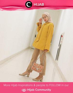 In the mood for warm colors. Image shared by Clozette Ambassador @prapancadf. Simak inspirasi gaya Hijab dari para Clozetters hari ini di Hijab Community. Yuk, share juga gaya hijab andalan kamu.